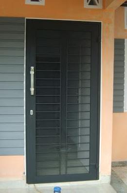 Model Teralis Pintu Minimalis 09