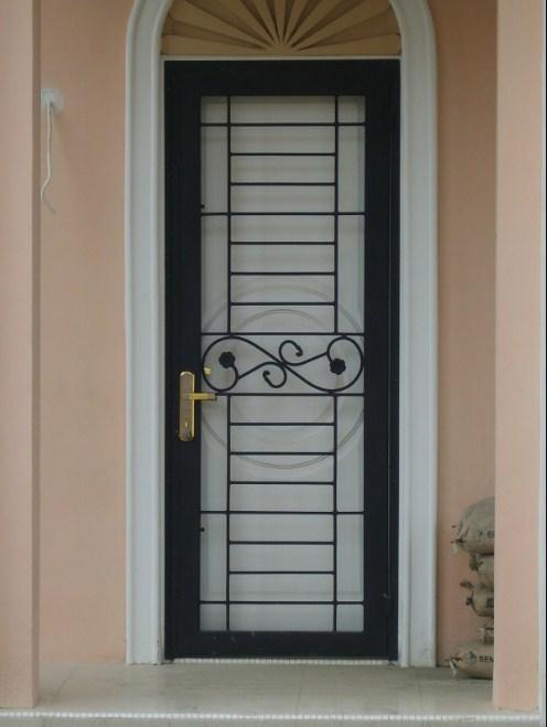 Model Pintu Besi Klasik