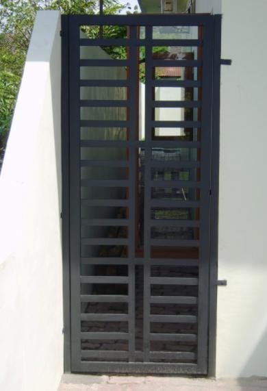 Model Teralis Pintu Minimalis 07