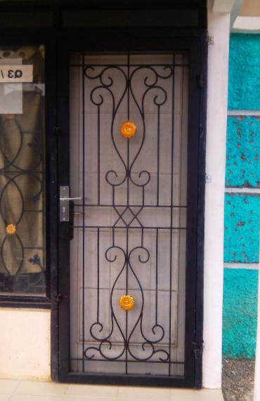 Model Teralis Pintu Minimalis 08