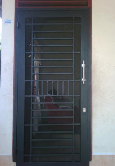 Model Teralis Pintu Minimalis 02
